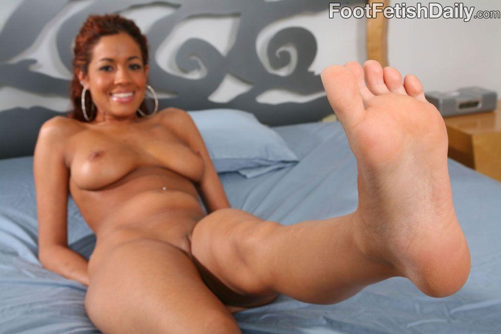 Isis taylor foot fetish