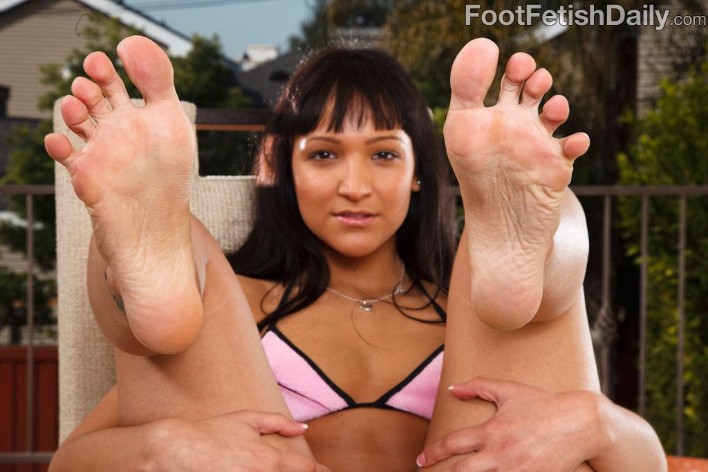 Sabrina sweet footjob