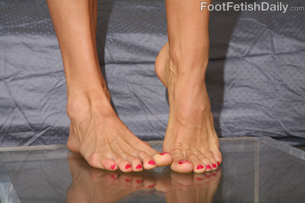 sexy arched foot fetish photo