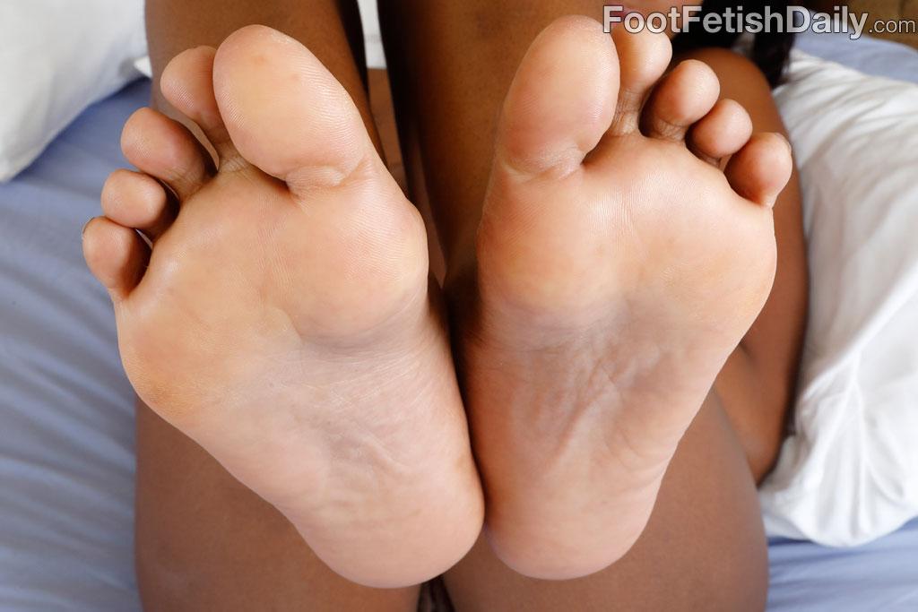Barefoot babes fucking hard opinion