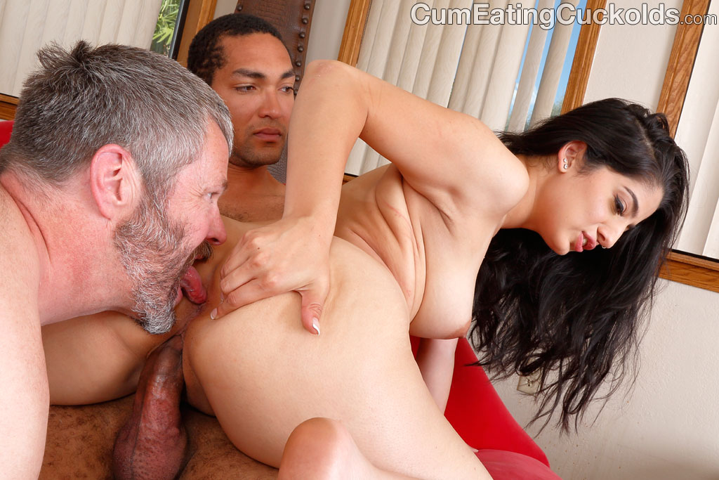 image Nadia ali learns to handle a bunch of black cocks
